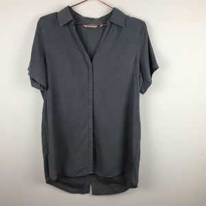 Soft Surroundings Grey Hidden Button Up Small